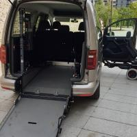 Transports 1 fauteuil roulant VW Caddy Maxi